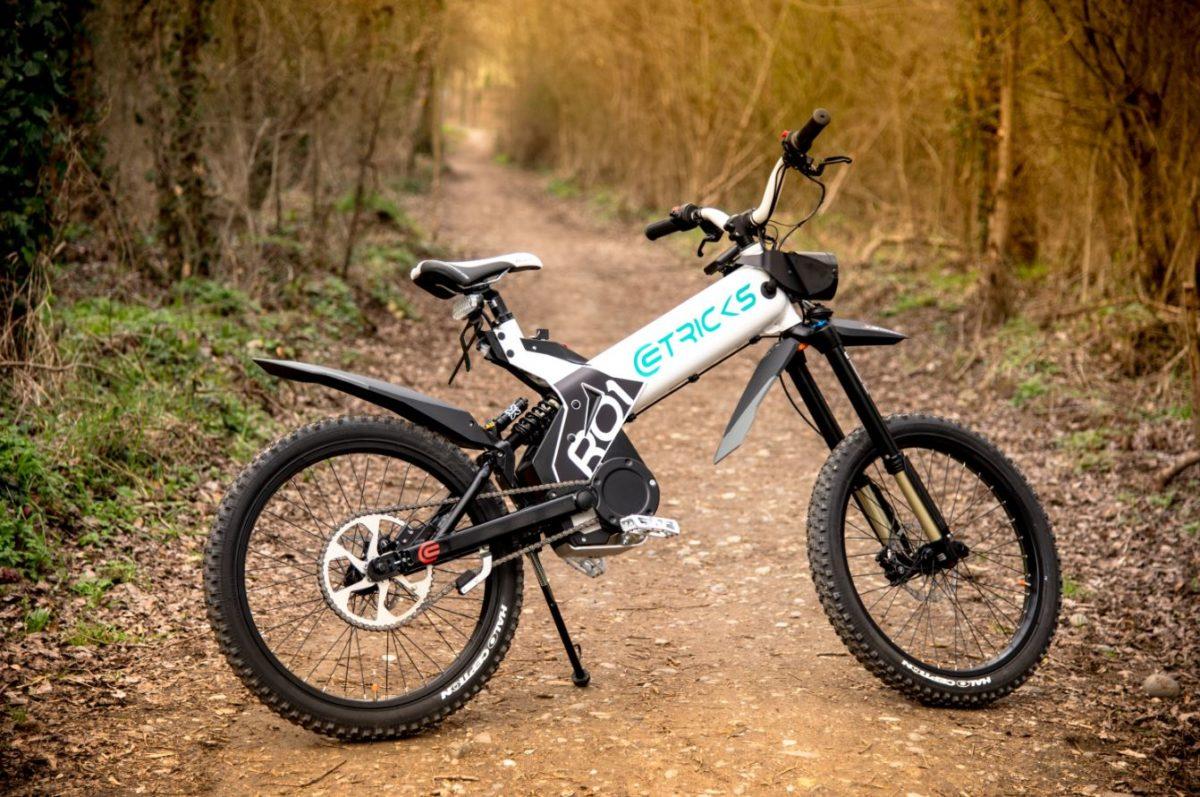 eTricks-R01-cyclomoteur-tout-terrain-1200x797.jpg